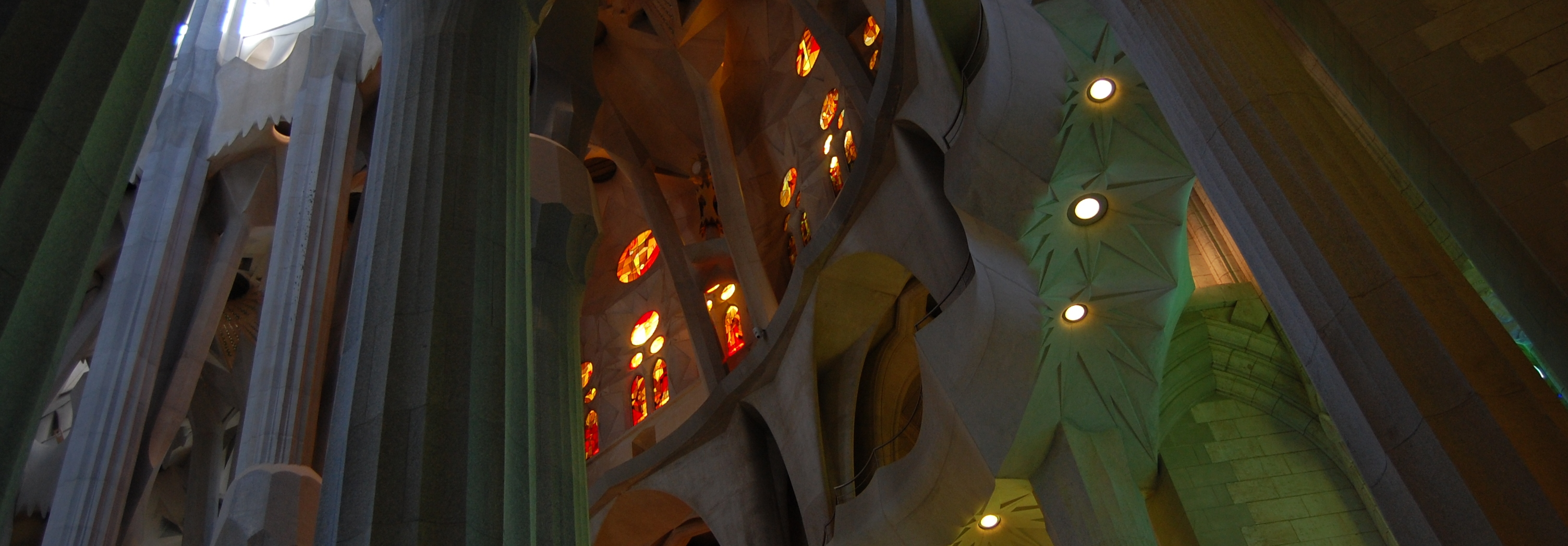 Geometry Study of the Columns of the Sagrada Familia